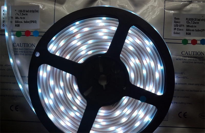 outer_tube_waterproof_super_bright_Epistar_SMD_5050_LED_strip_30_LEDs_per_meter_RGB_light_ribbon_excellent_performance_high_quality