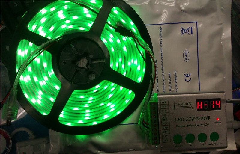programmable_smart_intelligent_TM1812_digital_IC_RGB_5050_dream_color_LED_light_strip